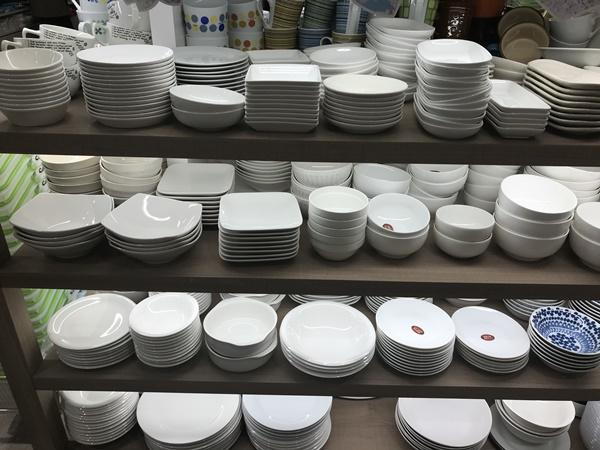 ホワイトのお皿